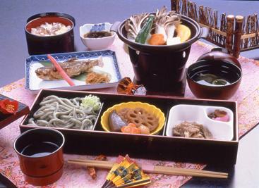 定食「紅葉」 1575円